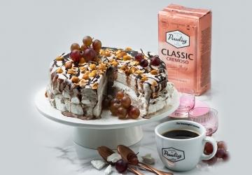 Kafijas un saldējuma bezē kūka